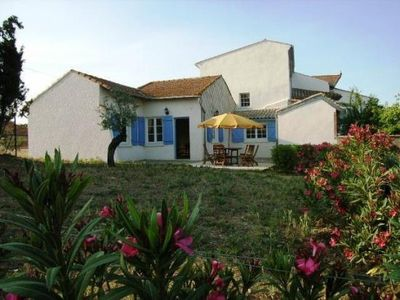 Photo for Small house, shared pool, near Béziers and Canal du Midi, calm guaranteed