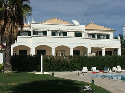 Photo for Cabanas apartment with wifi, beautiful pool & pool bar 6 minutes walk to the sea
