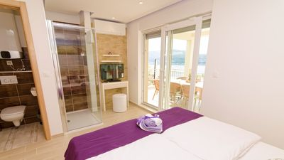 Photo for Luxurious 5 star seaview villa Magic for 10+4 persons with pool EOS CROATIA