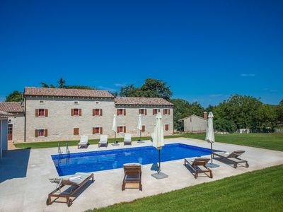 Photo for In the heart of Istria with garden and large swimming pool, restaurant within walking distance