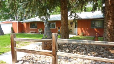 Photo for Cozy Home Near East Gate Of Yellowstone National Park