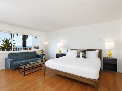 Photo for Newly Renovated-Central Prospect St. Studio Apartment