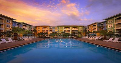 Photo for Mizner Place at Weston in FL 1 BR Suite, Sleeps 4 FRIDAY Check-In