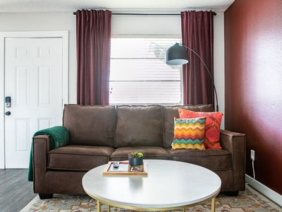 Photo for WanderJaunt | Moreau | 1BR | South Congress