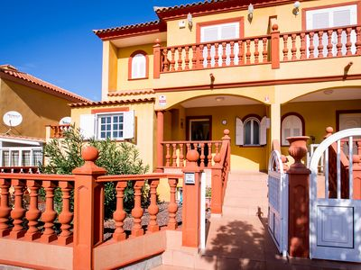 Photo for Villa in El Duque Resot, with heated pool