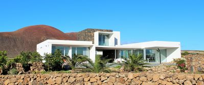 Photo for FANTASTIC VILLA AT THE FOOT OF VOLCANO, HEATED SWIMMING POOL, WIFI FOR 8 PEOPLE