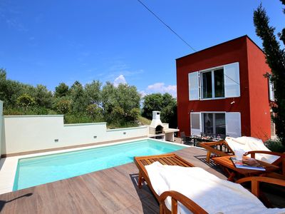 Photo for Villa with pool and private beach