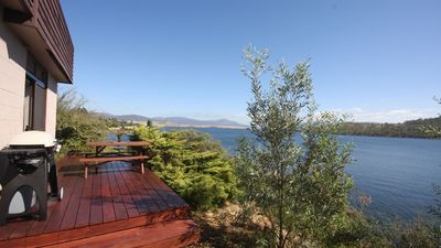 Photo for Absolute lakefront, stunning position right in Jindabyne