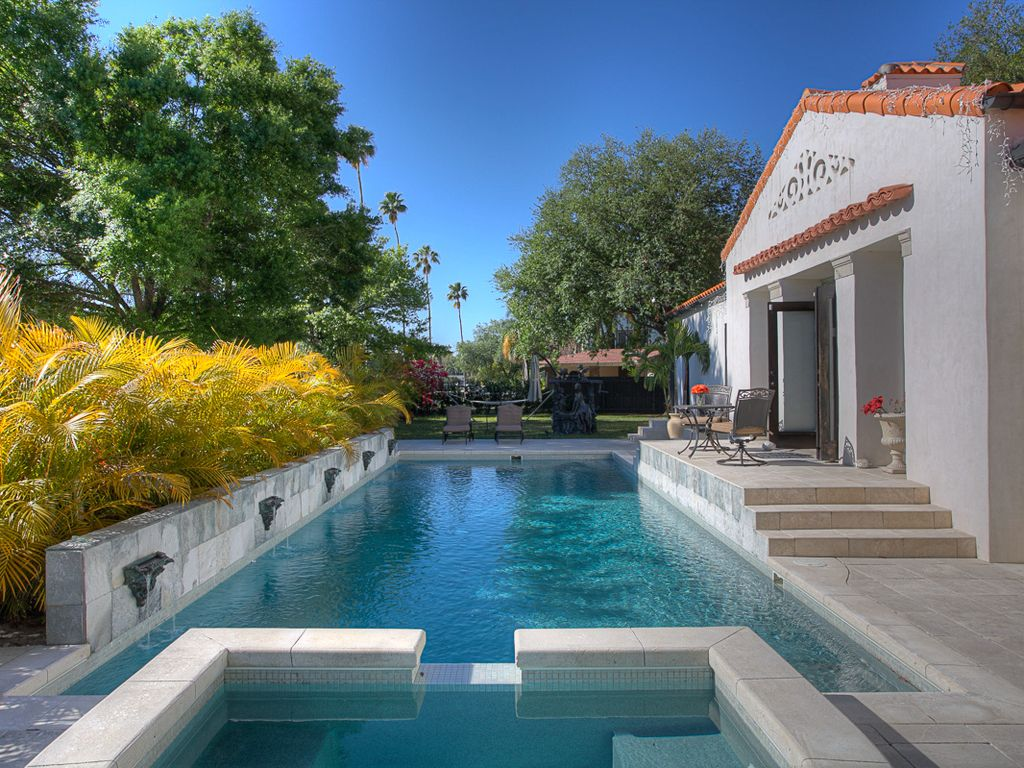 Rent This Entire Luxury Mansion Walk To Do Vrbo