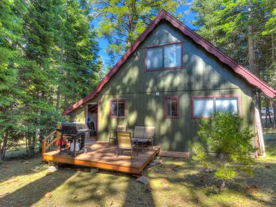 Photo for Cozy Tahoma cabin w/ gas BBQ, 5 mins to Homewood Resort, very close to lake, Sma