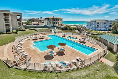 San Remo pool with lap land and hot tub - The large pool includes a lap lane and is heated in the cooler months (March-April). The hot tub is open year round to relax after a day of beaching or biking!
