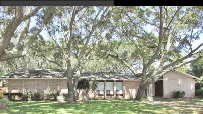 Photo for Peace and privacy with a glimpse of Perdido Bay!