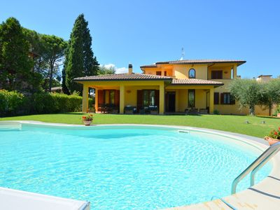 Photo for Pretty villa in Marsciano, with nice garden and private pool.