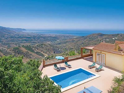 Photo for Spanish-style villa w/ pool, Wi-Fi, table tennis, DVD player + spectacular views