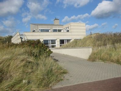 Photo for Holiday villa Strandhuys Bergen aan Zee, North Holland