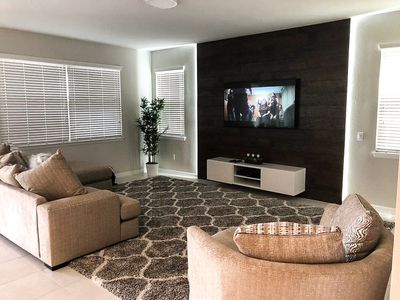 Photo for Luxe 5 bed 15 min to Disney Solara Resort 9035
