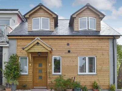 Photo for 2 bedroom accommodation in Galmpton, near Paignton