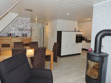 PixHues: Modern, generous, centrally (EC: 95 sqm and DG: 89 sqm) in Old Westerland - Wohnung DG