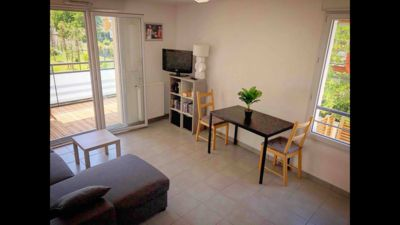 Photo for Beautiful Apartment T3 with Terrace, near downtown and green spaces Argoulets