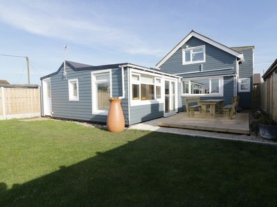 Photo for HOME TO ROOST, pet friendly in Eccles-On-Sea, Ref 955613