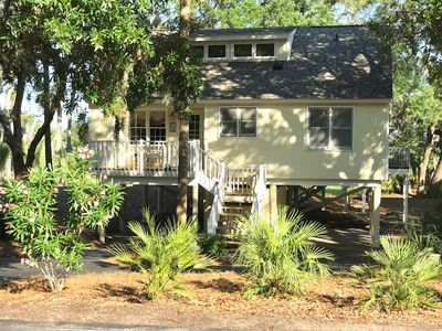 Photo for Family-Friendly 3BR Tarpon Pond Cottage! Close to Beach/Pools