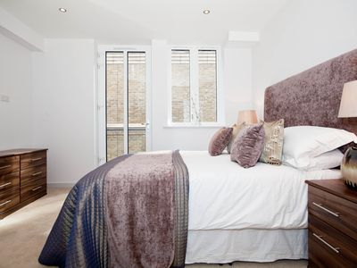 Photo for Modern 2 bedroom 2 bathroom Apartment in Shoreditch