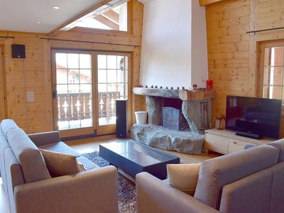 Photo for Magnificient 3 bedrooms apartment for resale on the 1st floor, in the Center of Verbier. Compositio