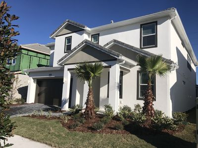 Photo for STUNNING NEW Luxury Home-Near all parks & EVERYTHING!!