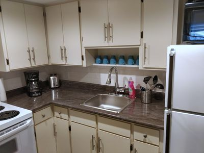 Photo for Clean, Updated 2 Bedroom Private Apartment Located In Triplex