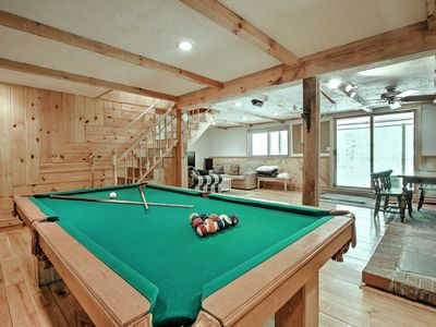 Photo for Bartlett Townhome w/Game Room, Deck & Pool Access!