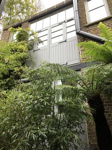Photo for Unique Coach house /Mews in quiet secluded road