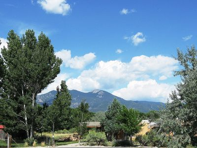 Photo for Comfortable House with Mountain Views & Prv Hot Tub Near Plaza