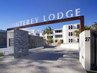 Photo for Monterey Lodge Unit 6 Kings Beach QLD