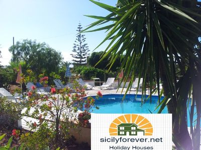 Photo for Villa Flora - Country villa with Pool near the beach and city center