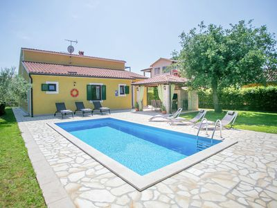 Photo for Beautifull spacious family villa with private pool, privacy and relax guaranteed