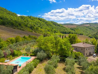 Photo for Villa Il Giulione: Large Private Pool, WiFi