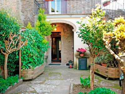 Photo for CHARMING VILLA in Cortona with Wifi. **Up to $-442 USD off - limited time** We respond 24/7