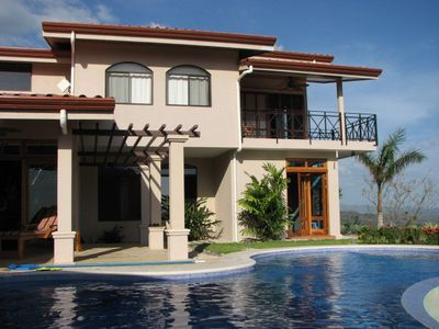 Photo for Relaxed luxury home with infinity pool and spectacular views.