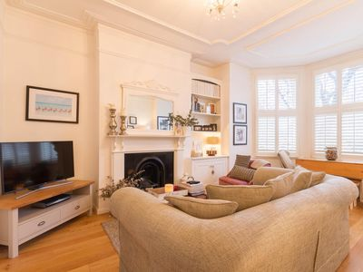 Photo for NEW Bright 2BD Flat in the Heart Alexandra Palace