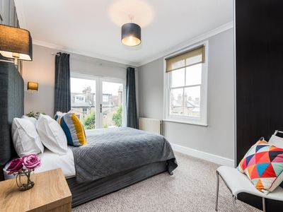 Photo for West Hampstead Two Bed Apartment with Roof Terrace