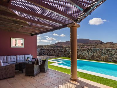 Photo for Private Villa With large Heated Swimming Pool,  fibre optic Internet, Parking.