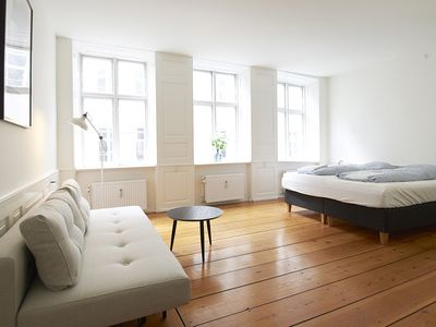 Photo for Comfortable apartment with great central location, near Nørreport transport hub