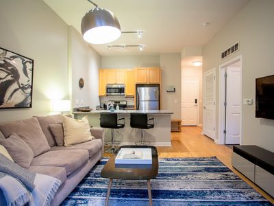 Photo for South Loop Luxury Suite No.7