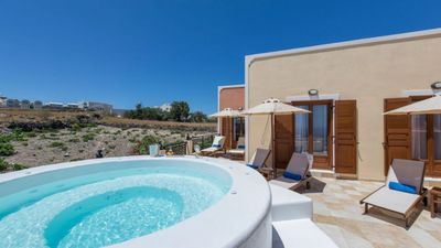 Photo for Nectar House Akrotiri Santorini Jacuzzi 3br upto 7guests