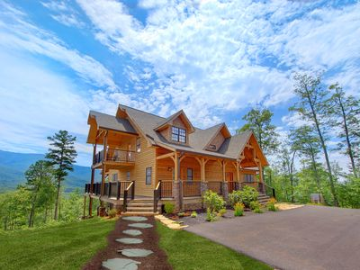 Photo for Amazing Panoramic Views from this Million Dollar+ Cabin