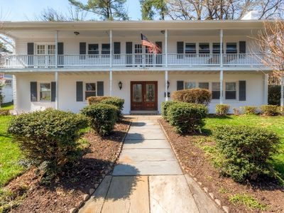 Southern Style Arlington House - 15 Minutes to DC!