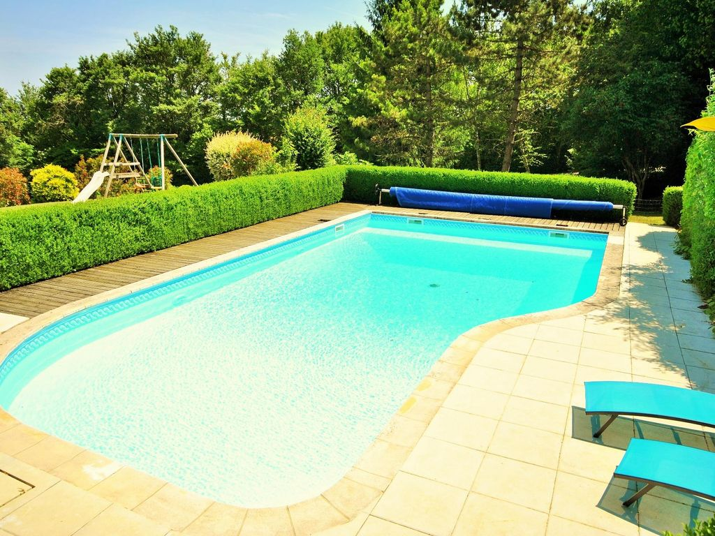 Perfect Property Image#4 Beautiful Holiday Home For 16 People With Own Pool,  Lainsecq,