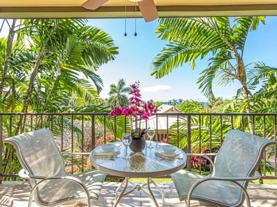 Photo for Ocean View | AC | Walk to Snorkeling Beach | WIFI | Starts at $140/Nt