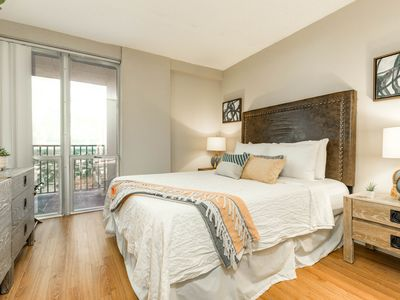 Photo for NEW LISTING! High-rise studio w/ a shared, heated pool, gym, & basketball