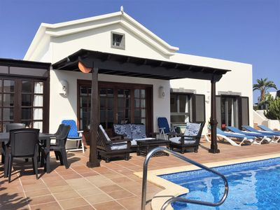 Photo for Luxury Lanzarote Villa With Heated Pool, Hot-tub, Wi-fi, UK TV, Air Conditioning